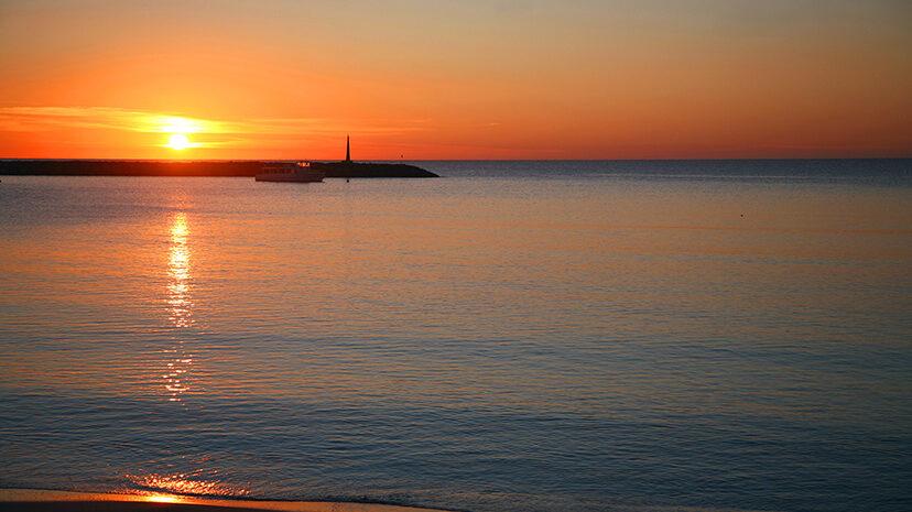 Amanecer - Ibiza Travel