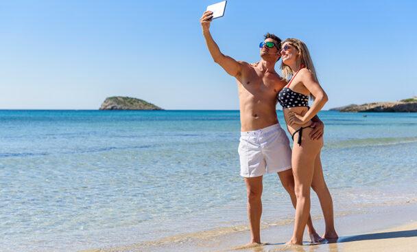 Cala Nova - Pareja - Ibiza Travel